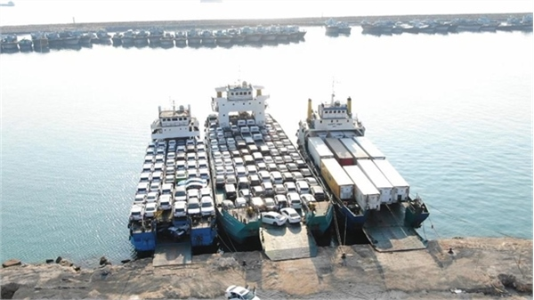 35% growth in unloading and loading of non-oil goods in the western ports of Hormozgan
